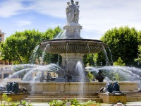 aix_en_provence_fontaine_1.jpg