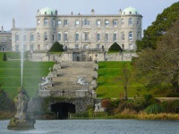 tury_v_irlandiu_powerscourt_castle2.jpg
